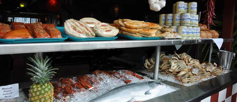 Grotto fish market for fresh seafood in monterey california for Fish market monterey ca
